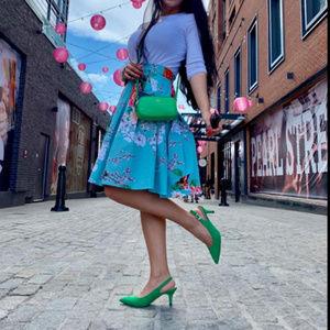 Dresses & Skirts - vintage print midi skirt